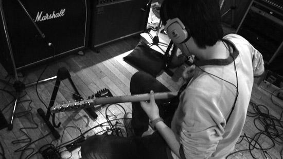 guitar01.jpg